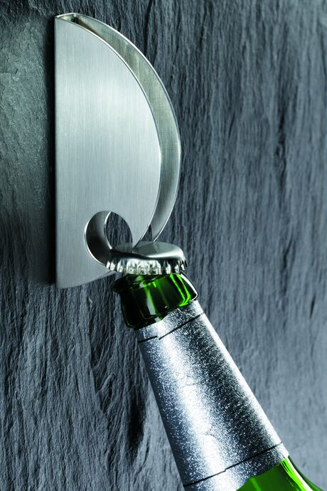 Mono Cappo Wall bottle opener